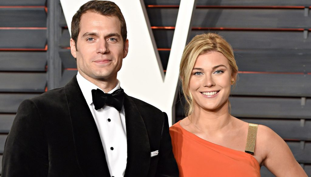 BEVERLY HILLS, CA - FEBRUARY 28: Henry Cavill and Tara King attend the 2016 Vanity Fair Oscar Party Hosted By Graydon Carter at Wallis Annenberg Center for the Performing Arts on February 28, 2016 in Beverly Hills, California. (Photo by Karwai Tang/WireImage)