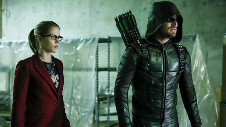 Arrow Review: Ollie Shows a Newfound Sentimental Side – Oohlo